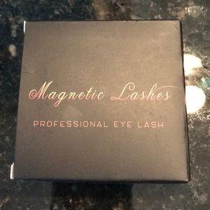 Magnetic eyelashes 💄